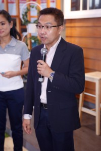 Mr. Jakkrit Suwansilp, Mariwasa VP for Sales and Marketing